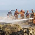 Рыбаки на Азовском море